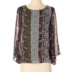 NEW DIRECTIONS Boho Chiffon Floral Blouse